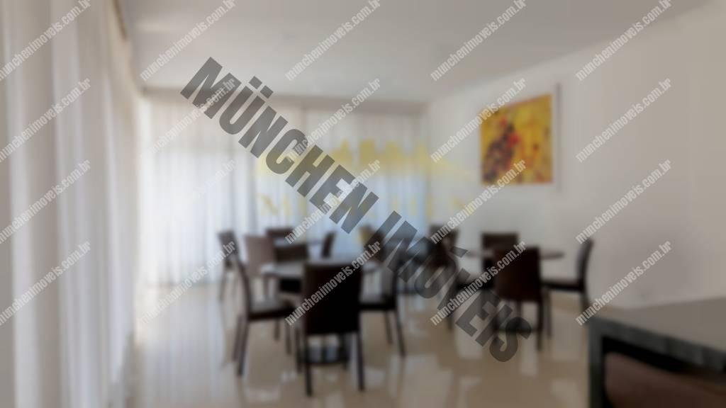 Apartamento Cabral, 176 m² privativos, 3 suítes, 2 vagas de garagem individuais