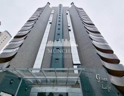 Cobertura green life, Ecoville, vista esplendorosa, mobiliado, ensolarado, 4 dormitórios sendo 3 suítes, 301 m² privativos, 4 vagas de garagem