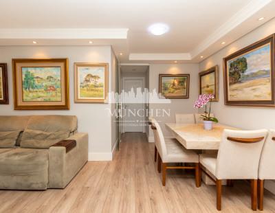 Apartamento Younique Água Verde, andar alto, ensolarado, mobiliado, 2 suítes, 85 m² privativos, 2 vagas de garagem.
